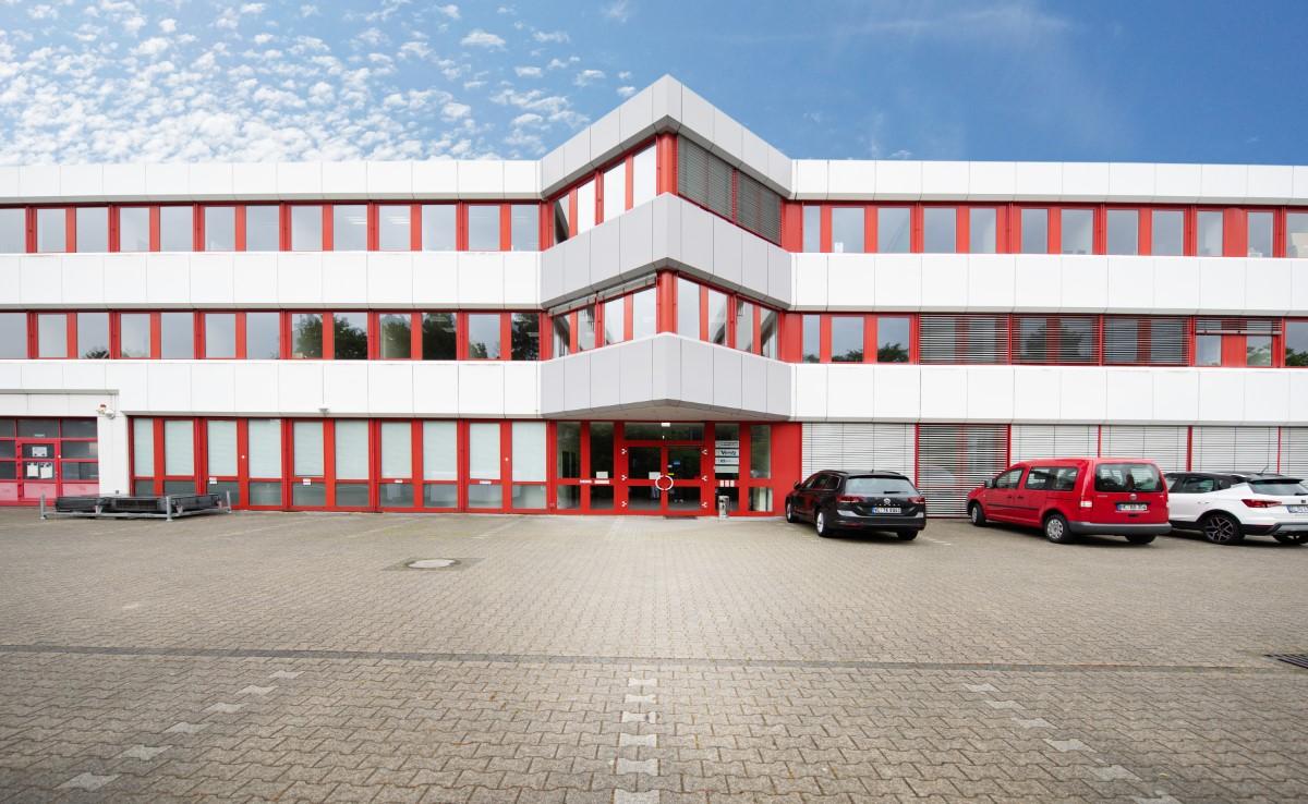 Bürofläche 560 m2 in bester Lage Im Düsseldorfer Süden zu vermieten, PROVISIONSFREI